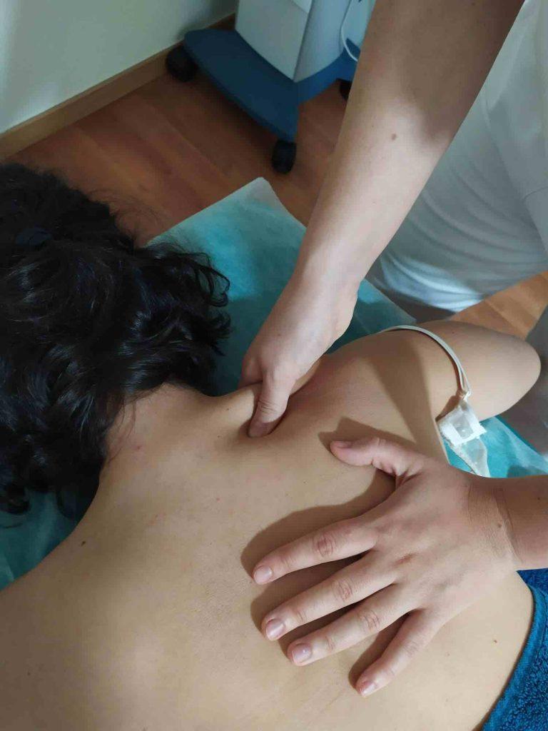 Masaje para tratar dolor de cabeza
