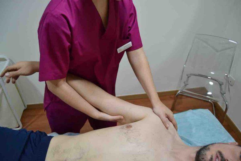 Tratamiento con fisioterapia de lesión traumatológica en el hombro