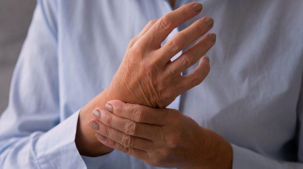 Articulación de muñeca con artrosis